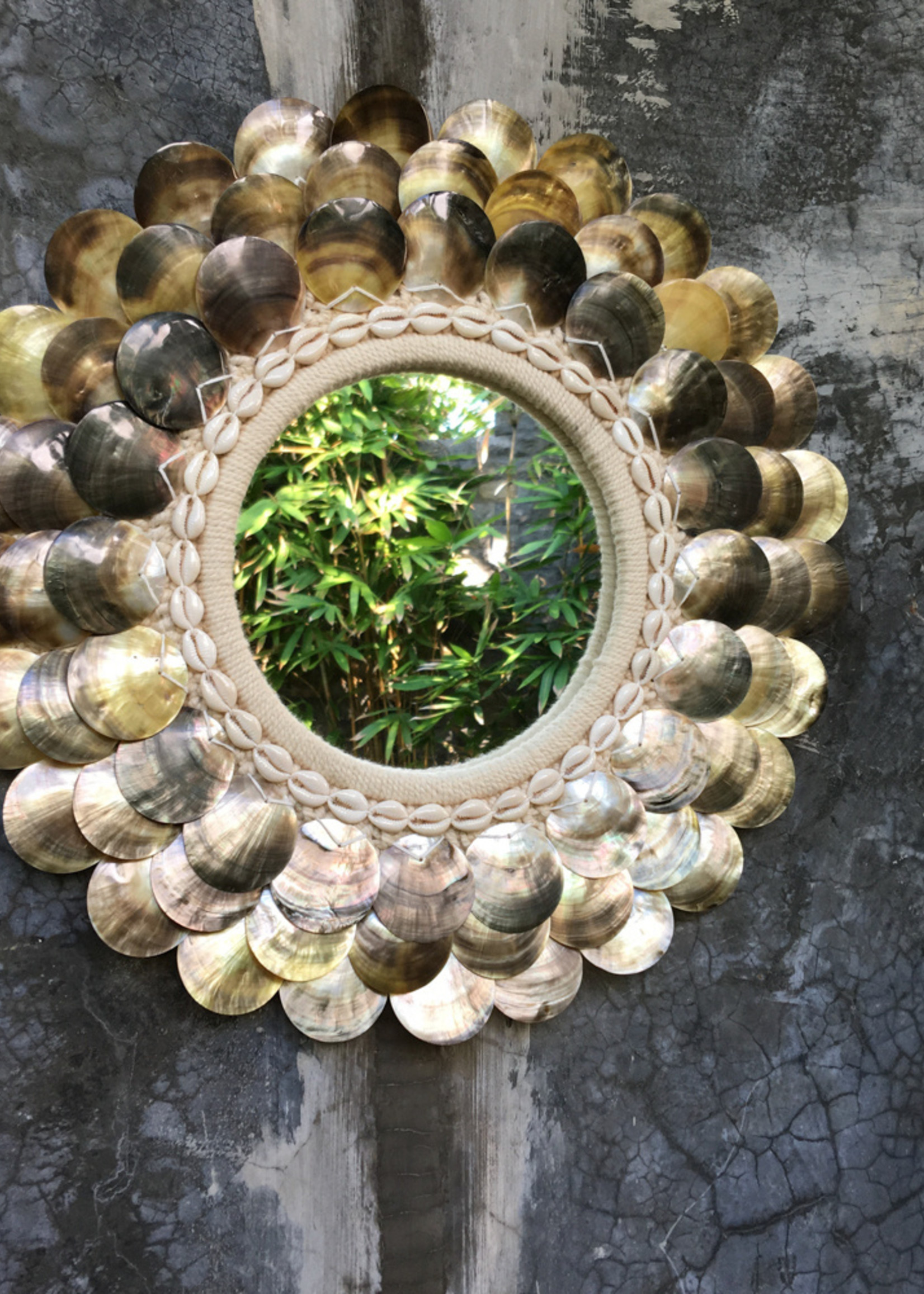 The Coin Mirror - Natural Brown - M