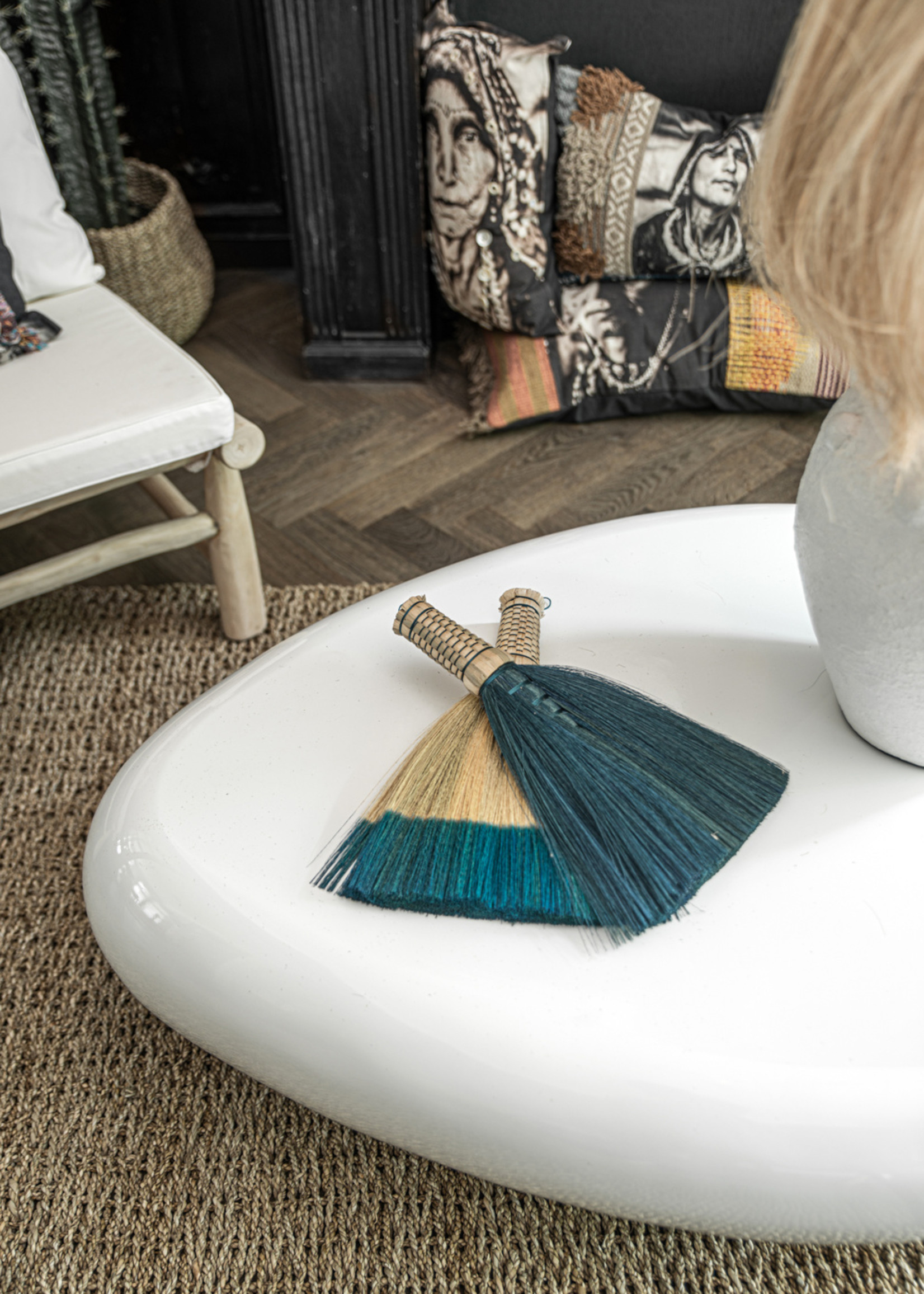 The Sweeping Brush - Turquoise