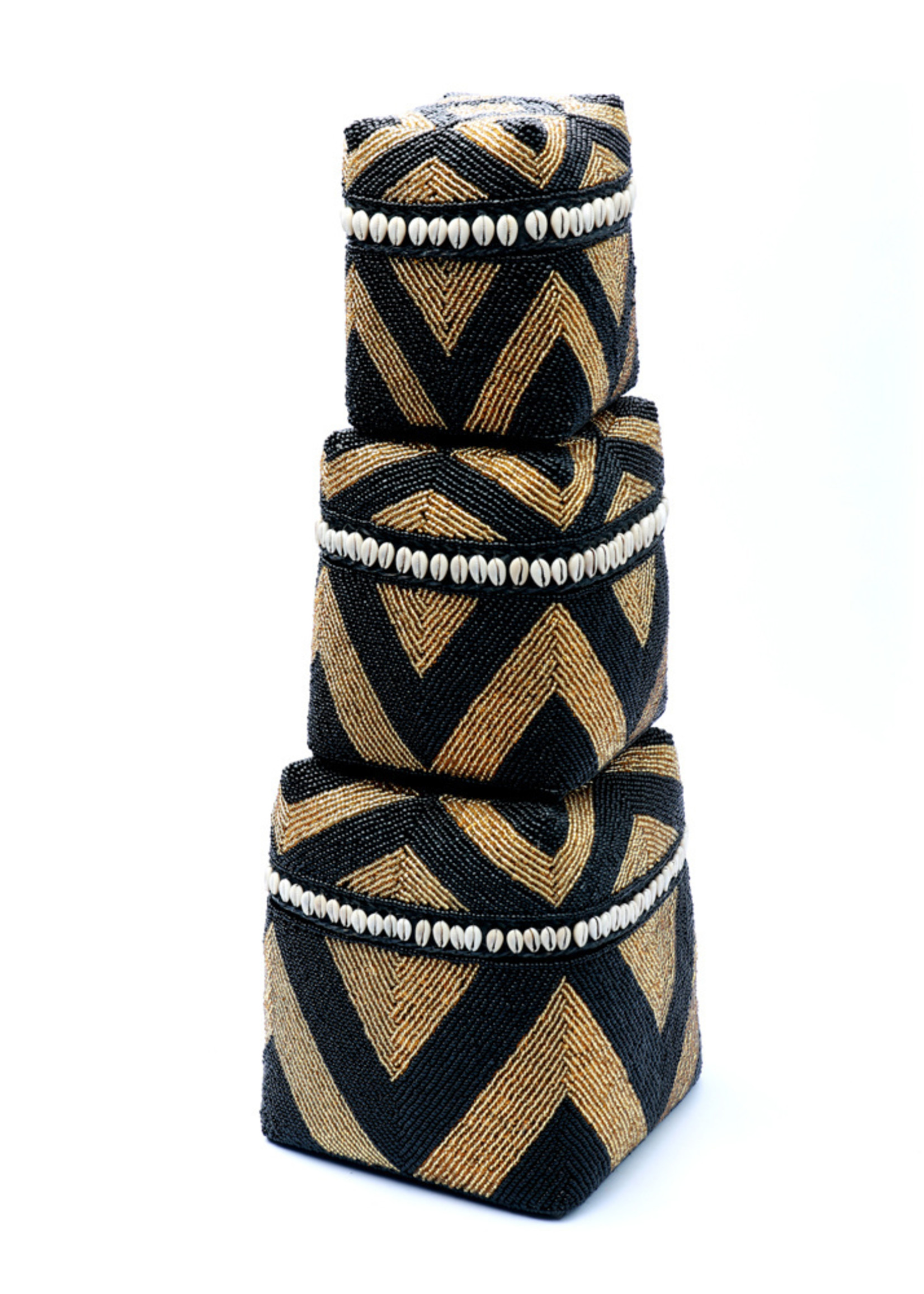 The Beaded Basket Cowrie Diamond High - Black Gold - SET3