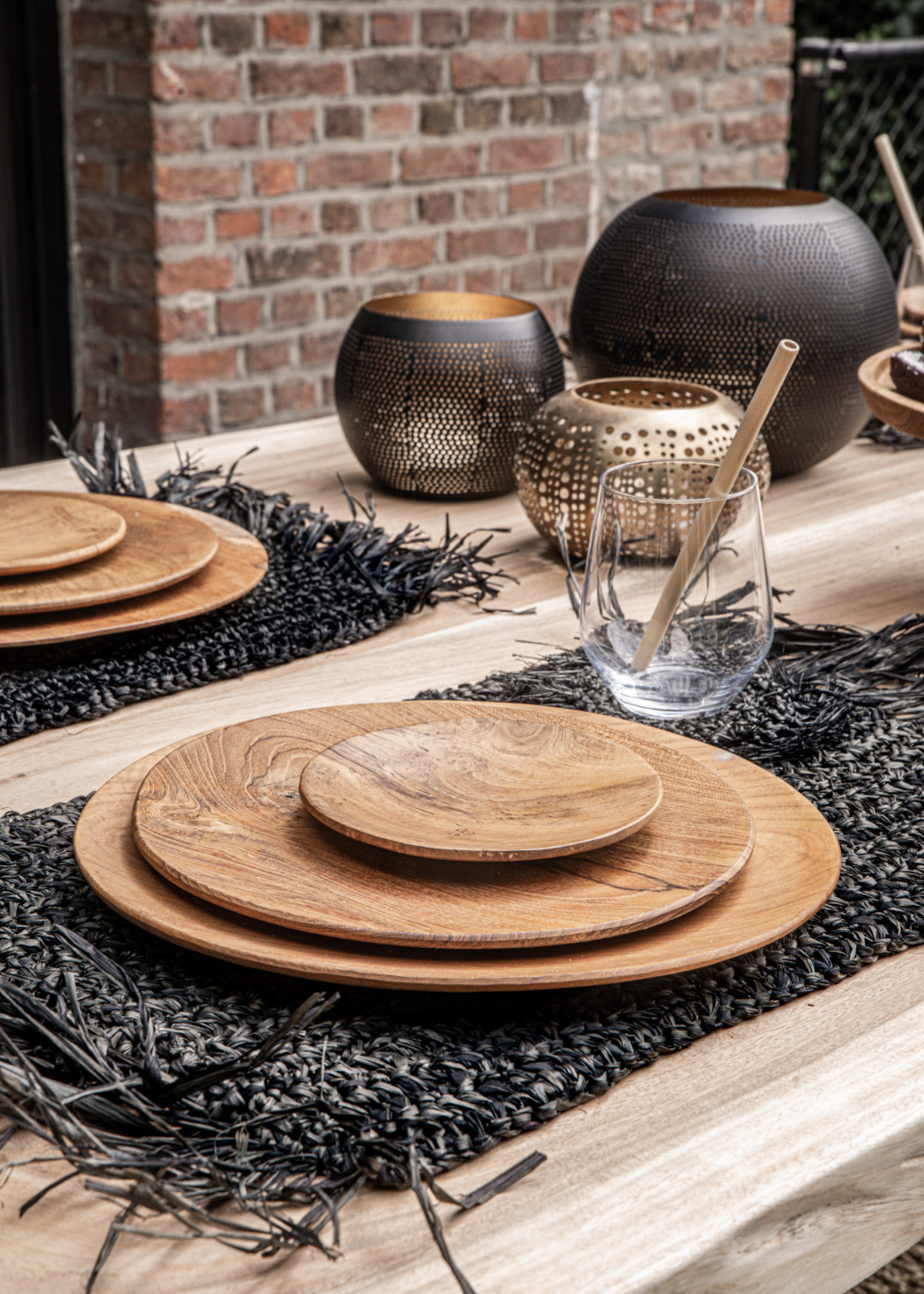 The Teak Root Round Plate - L