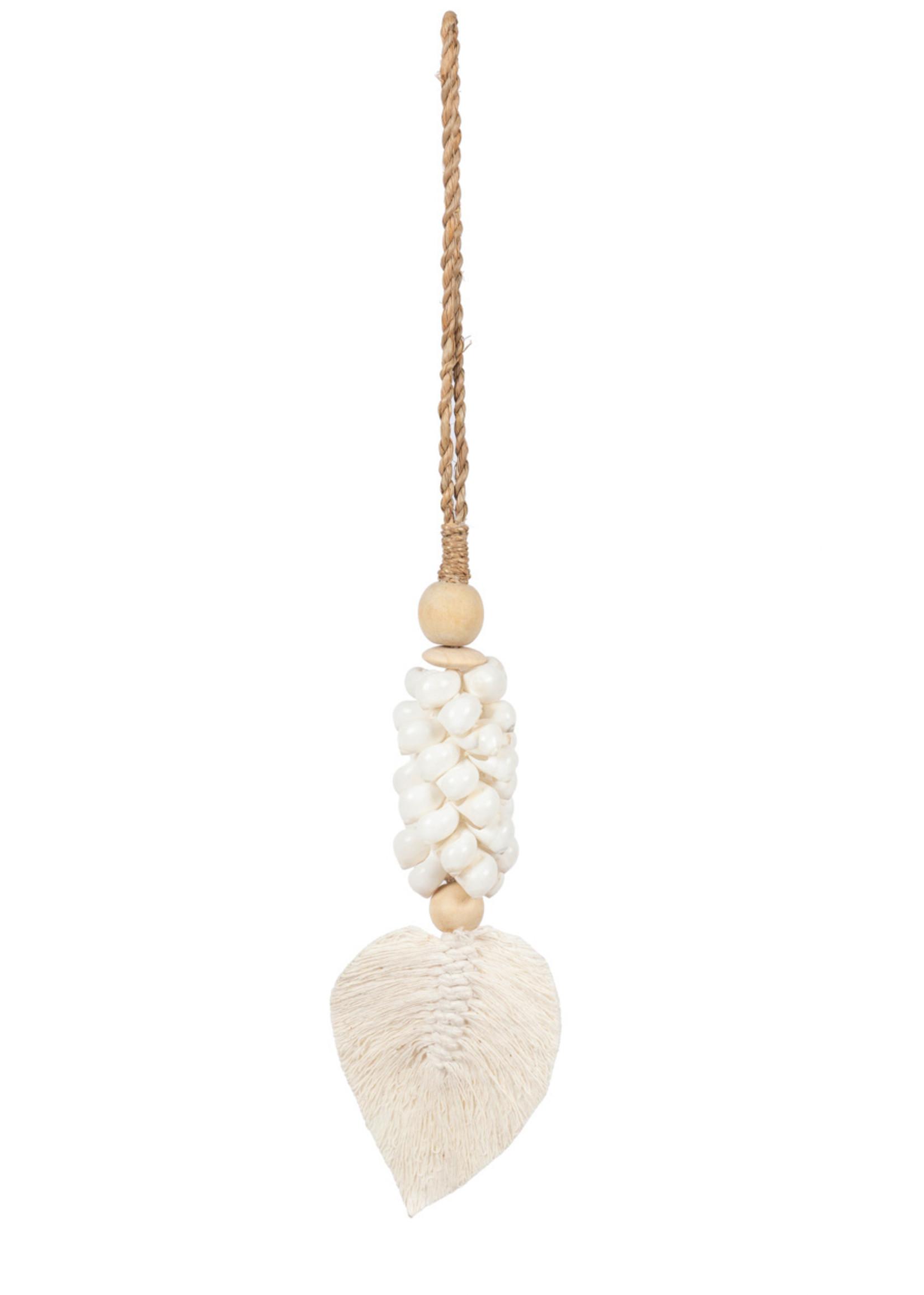 The Leaf Cowrie Tassel - White