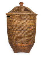 The Colonial Laundry Basket