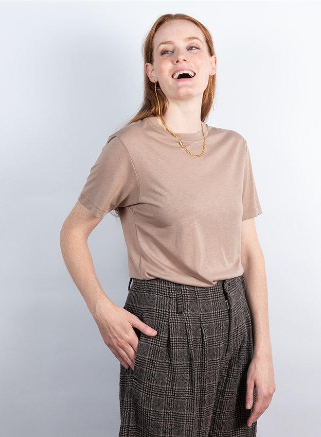 Julia t-shirt caramel