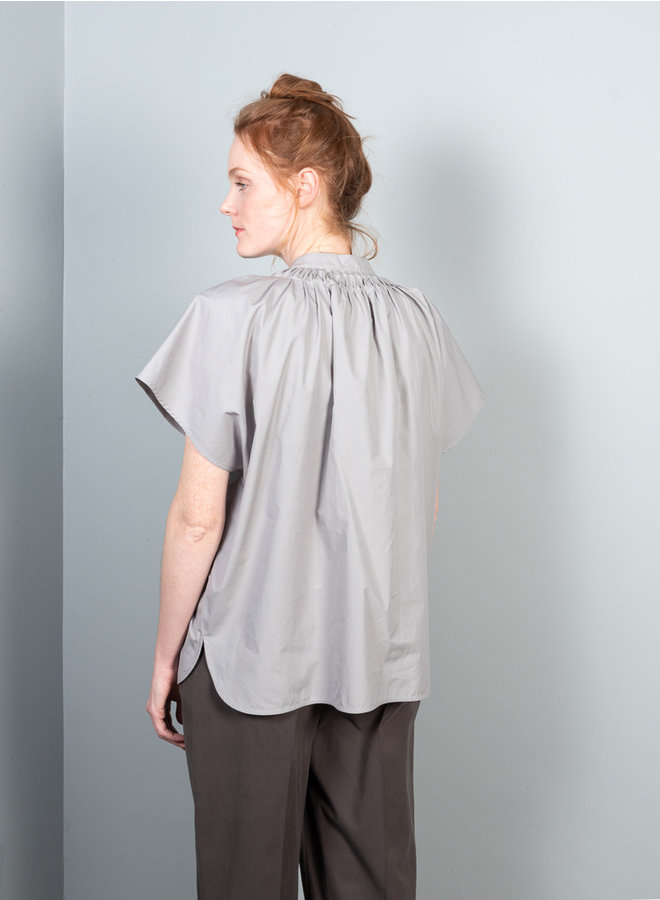 Saggia blouse licht grijs