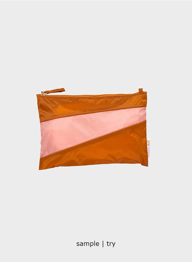 """New pouch """"process"""" M (+ colours)"""