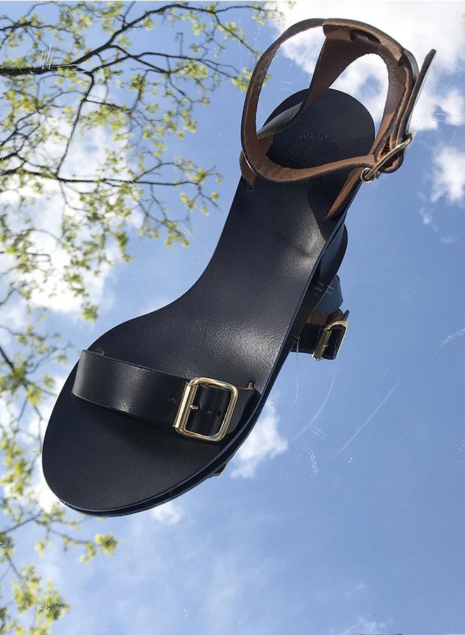 Carmen sandaal zwart