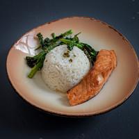 Salmon marinated in shio kōji