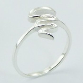 Moderne ring van zilver
