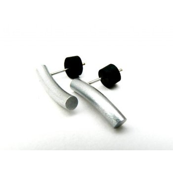 Tjongejonge moderne oorbellen