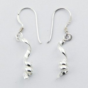 Hippe zilveren oorbellen