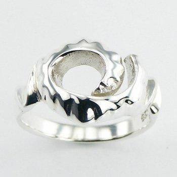 Hippe zilveren ring