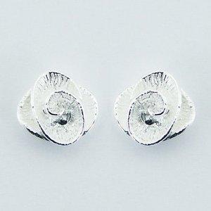 Zilveren roosjes oorbellen
