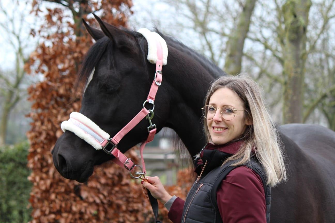 Equinique Paardenspeciaalzaak Bianca