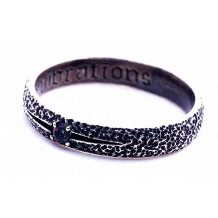 GOOD VIBRATIONS HAMMER BAND IN 925 SILVER WITH BLACK SWAROVSK