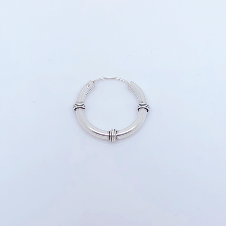 SO HIGH SILVER sleeper 124 -18 mm silver wired bali hinged