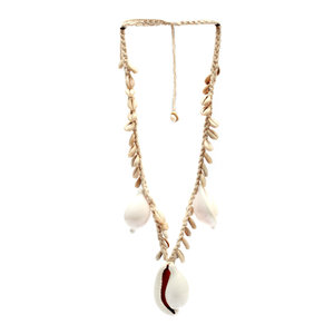 Bazar Bizar Ketting The Big White Cowrie Shell Necklace