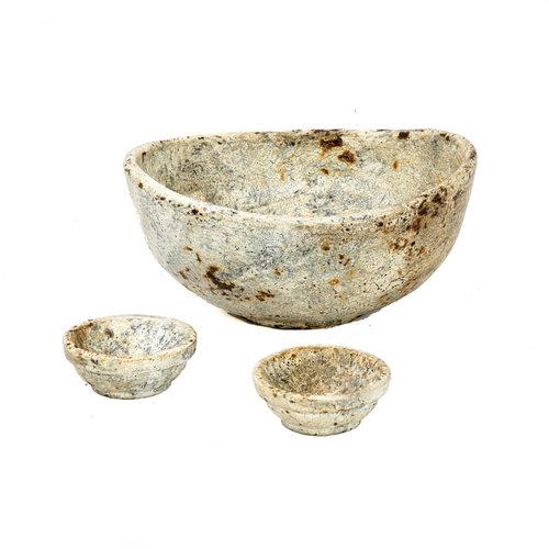 Bazar Bizar The Burned Curved Bowls - Antique - SET3