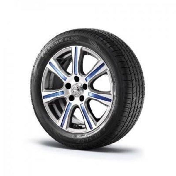"""Nissan LEAF Nissan LEAF - 17"""" Bold lichtmatalen  velg dark grey  diamond cut  met blauw strip"""