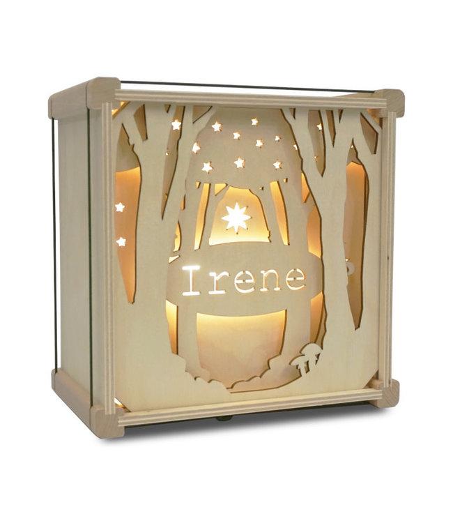 Houtlokael Nachtlampje met Eigen Naam    Tussen de Bomen