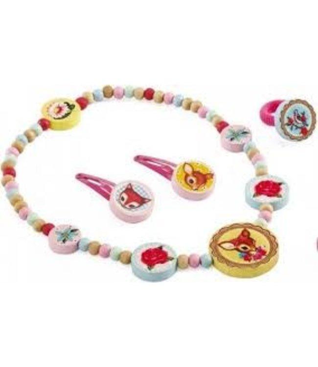Djeco Sieradenset Wood Jewellery Small Hind 4-12 jaar