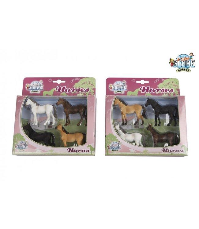 Kids Globe Set van 4 Paarden Schaal 1:32  3+