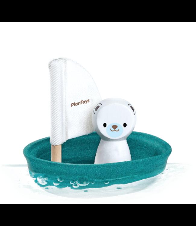 Plan Toys | Houten Zeilboot | Sailing Boat Polar Bear | 1+