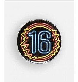 Neon button klein nr 1 16 jaar