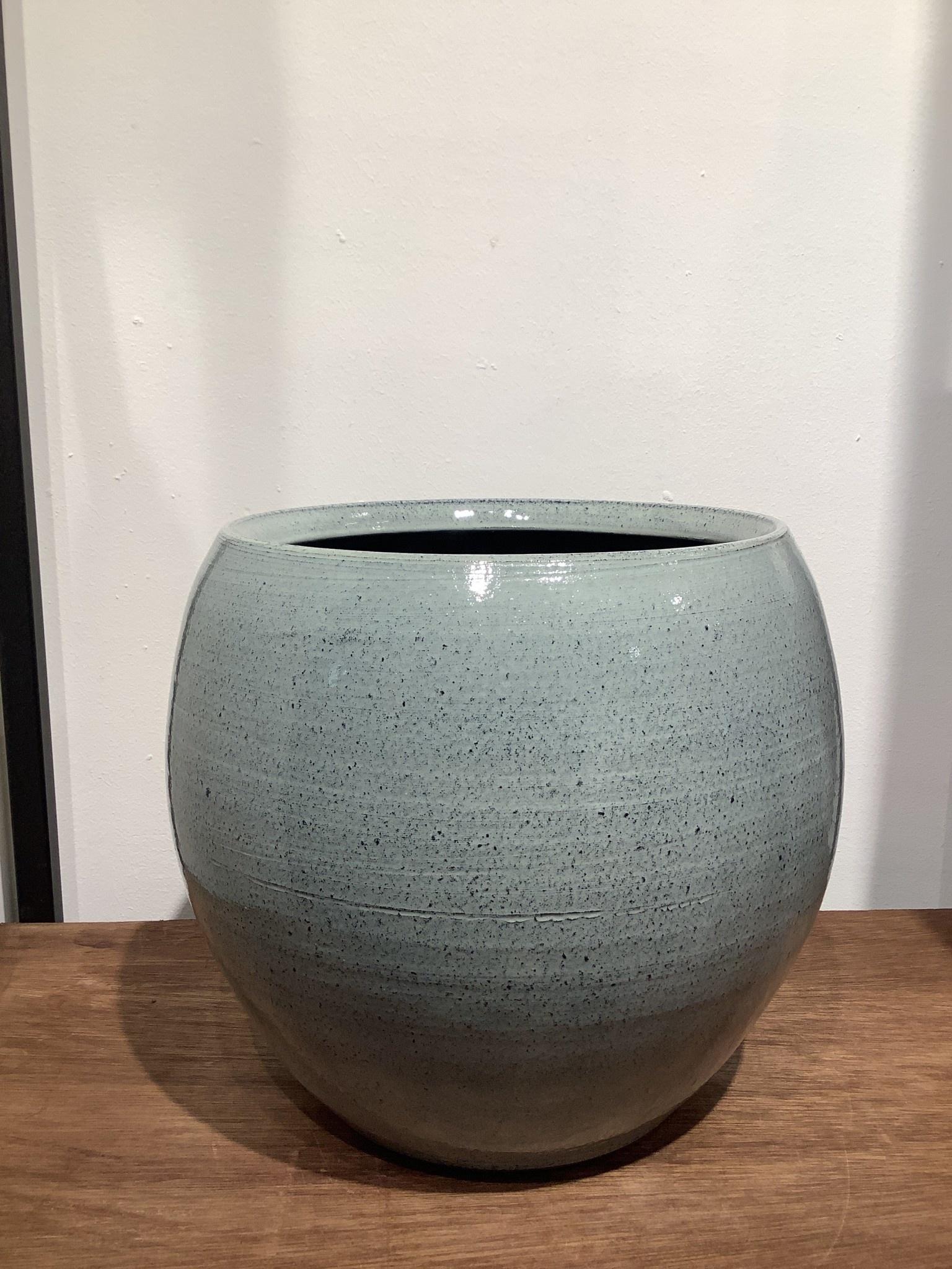 Pot Cresta ice blue  25 cm hoog