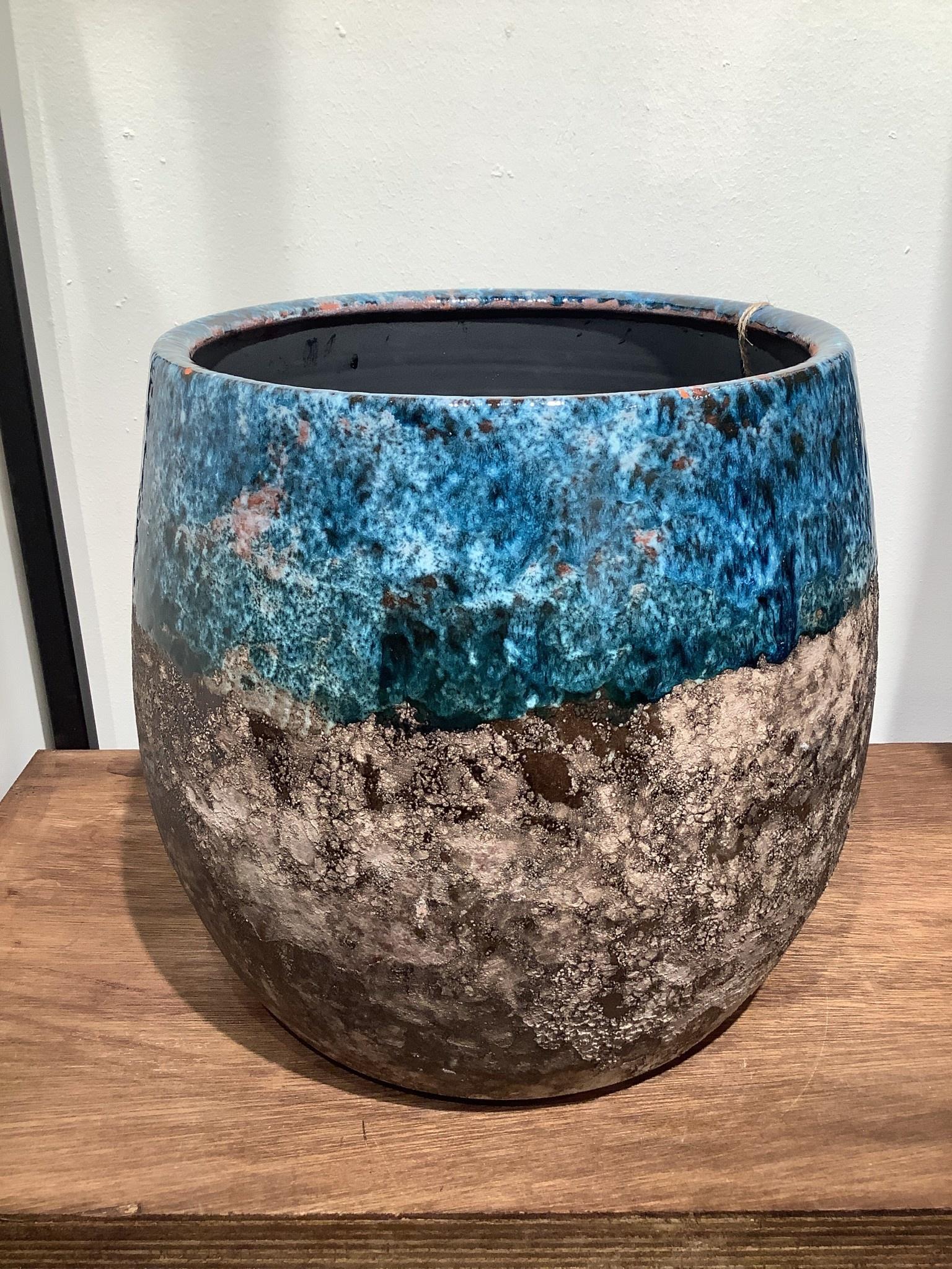 Pot Lindy sky blue 25 cm hoog
