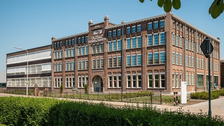 Fietsenwinkel Piest in Enschede is premium Gazelle dealer