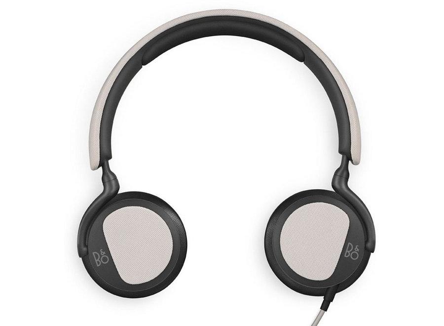 B&O Play BeoPlay H2 Zilver Cloud On-Ear koptelefoon