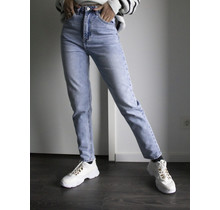 NONA Washed Jeans