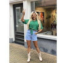 Cute in Cropped Blouse Green