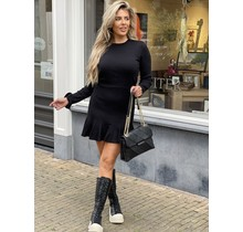 Get Cute Plissé Dress Black