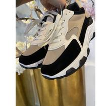 Step It Up Sneakers Beige/Black