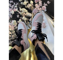 Kiss My J's Sneakers Pink/White