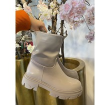 Way Up Boots Creme