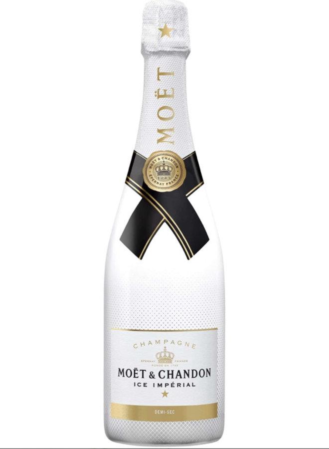 Feestelijk boeket met Moët & Chandon Ice Impérial Champagne 75CL