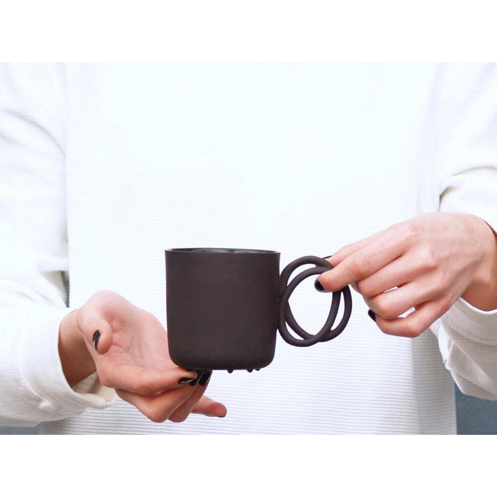 Twisted Handle Mug Black