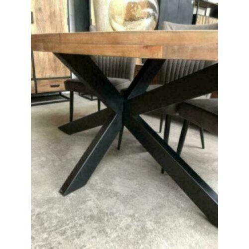 Eettafel Malaga ovaal mangohout matrix zwart metaal
