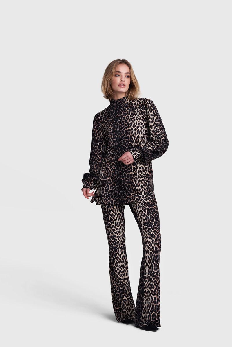 Knitted Animal Print Flair - Brown-1