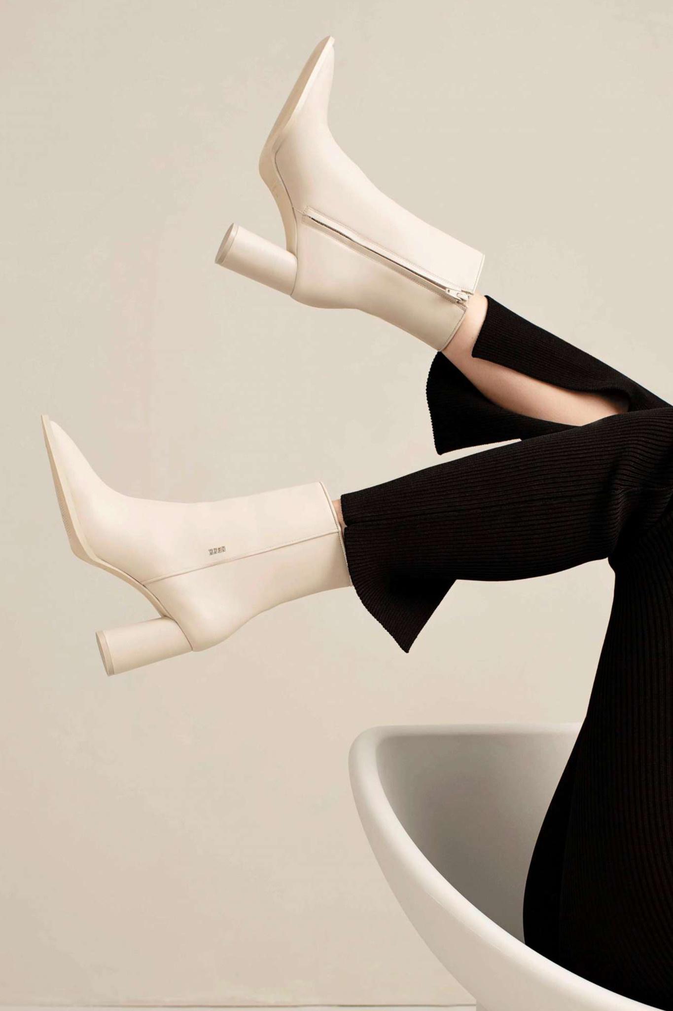 Norah Jazz - Off-White-2
