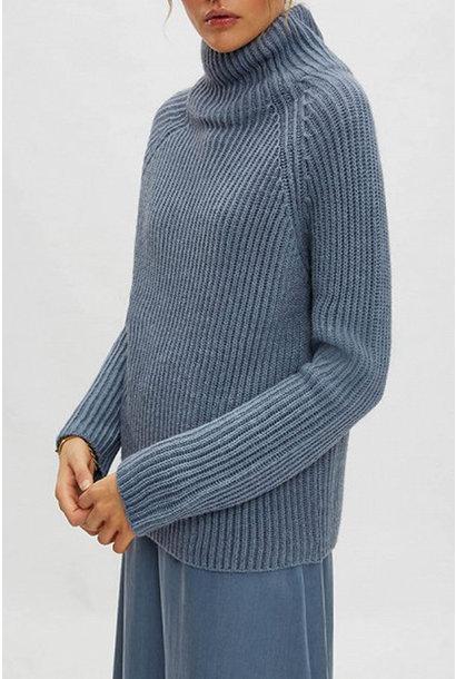 Arwen Knitwear - Blue