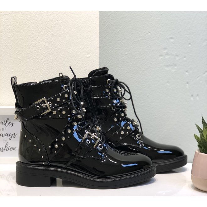Biker boots met studs & riempjes Zwart Lak
