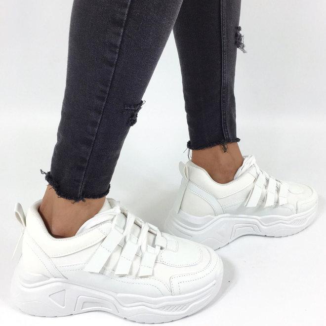 Sneakers Dad Look Wit
