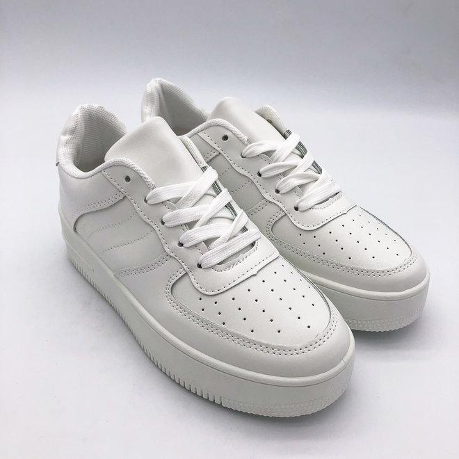 Sneakers Air Force Look Wit