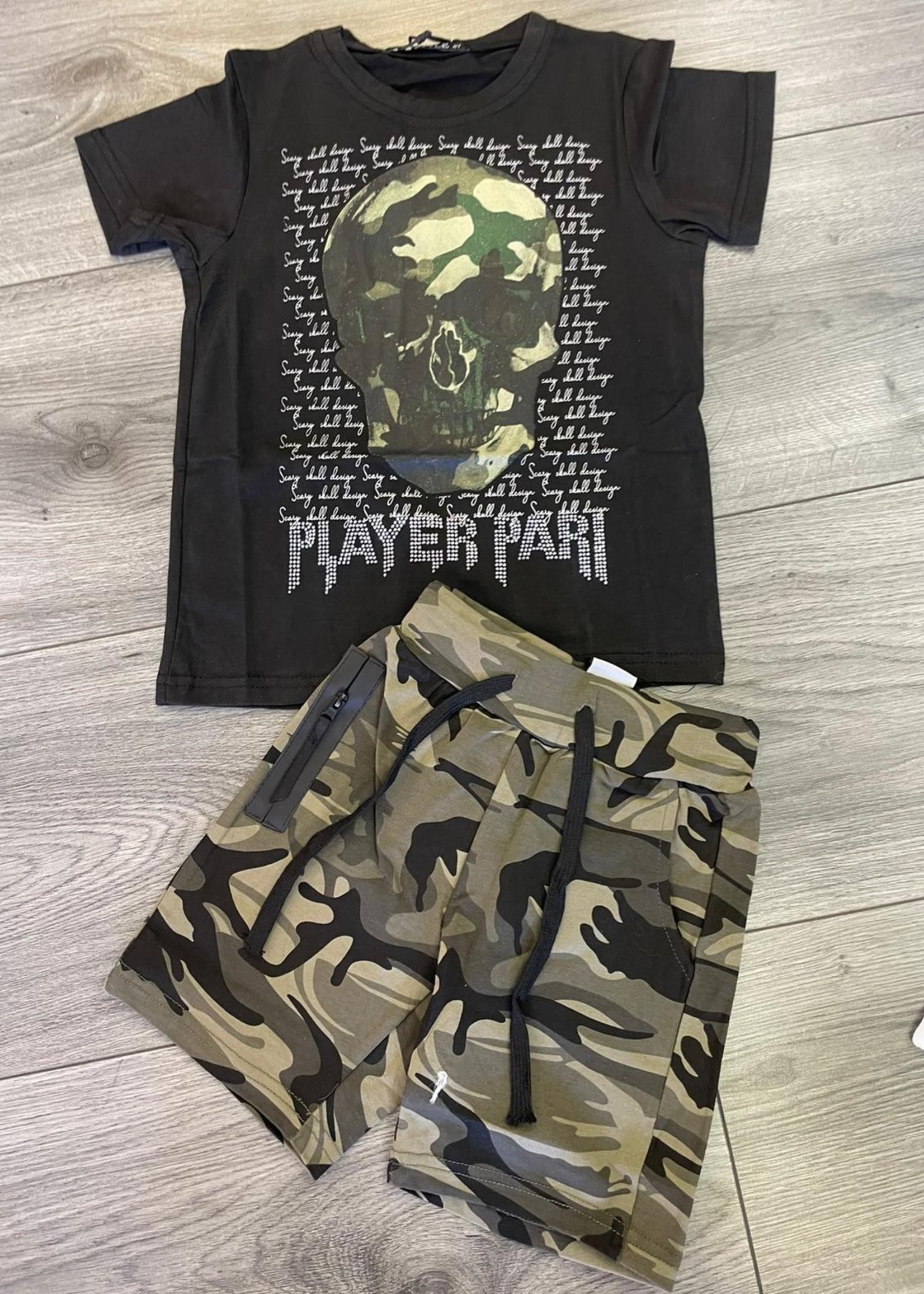 Divanis Divanis army skull tshirt black