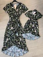 Divanis Divanis moeder groene panterprint dress