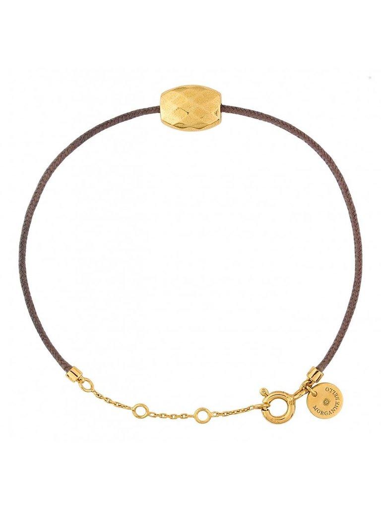 Morganne Bello Morganne Bello koord armband taupe met Cushion gouden steen