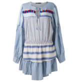 Devotion Devotion jurk met volant en strepenprint blauw